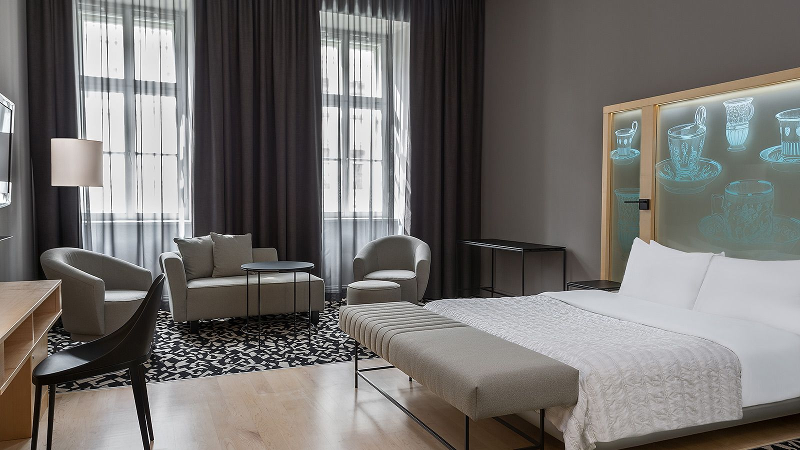Spacious Guest rooms at Le Meridien Hotel Vienna